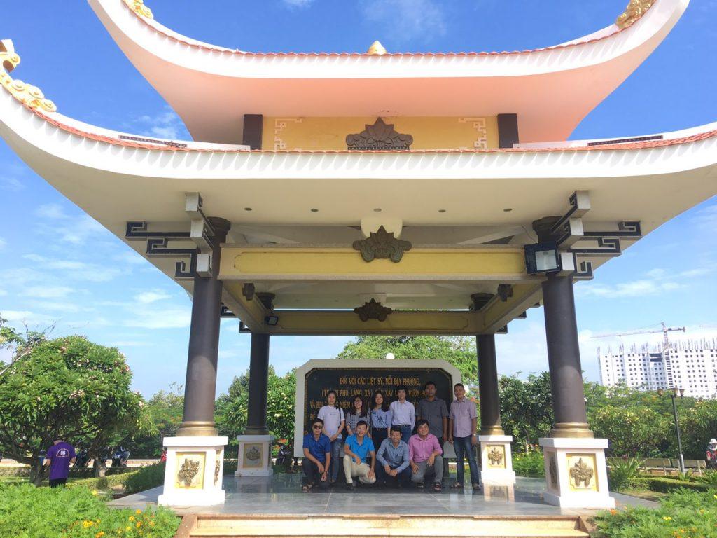 CBNV SHPN dâng hương tưởng nhớ Đền thờ liệt sĩ TP Vũng Tàu kỉ niệm 72 năm ngày Thương binh, liệt sĩ